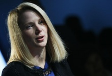 Yahoo Chief Executive Marissa Mayer attends the annual meeting of the World Economic Forum (WEF) in Davos January 25, 2013.                     REUTERS/Pascal Lauener