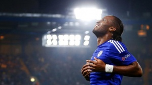 Chelsea's Didier Drogba reacts after a missed opportunity during their Champions League soccer match against Schalke 04 at Stamford Bridge in London September 17, 2014. REUTERS/Andrew Winning/Files