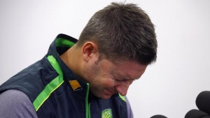 Australian cricket captain Michael Clarke cries as he reads a tribute to Phillip Hughes, who died on Thursday, during a media conference at the Sydney Cricket Ground (SCG) November 29, 2014. REUTERS/David Gray