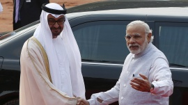 Sheikh Mohammed bin Zayed al-Nahyan (L), Crown Prince of Abu Dhabi and UAE's deputy commander-in-chief of the armed forces shakes hands with Prime Minister Narendra Modi during his ceremonial reception at the forecourt of Rashtrapati Bhavan in New Delhi, February 11, 2016. REUTERS/Adnan Abidi