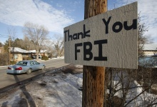 A sign thanking the FBI hangs in Burns, Oregon February 11, 2016. REUTERS/Jim Urquhart