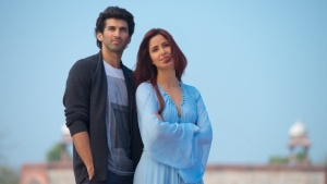 Tabu steers 'Fitoor' with her performance