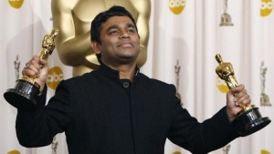 "Composer A.R. Rahman displays the Oscars for achievement in music for both original song and original score for his work on the film ""Slumdog Millionaire"" at the 81st Academy Awards in Hollywood, California, February 22, 2009.  REUTERS/Mike Blake/Files"
