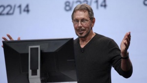 Oracle's Executive Chairman of the Board and Chief Technology Officer Larry Ellison gestures while giving a demonstration during his keynote address at Oracle OpenWorld in San Francisco, California September 30, 2014. REUTERS/Robert Galbraith