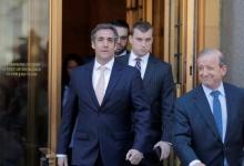 U.S. President Donald Trump's personal lawyer Michael Cohen departs federal court in the Manhattan borough of New York, U.S., April 26, 2018. REUTERS/Lucas Jackson