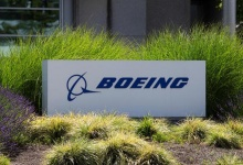 Signage of The Boeing Company in Seattle, Washington, U.S. June 29, 2020. REUTERS/Karen Ducey