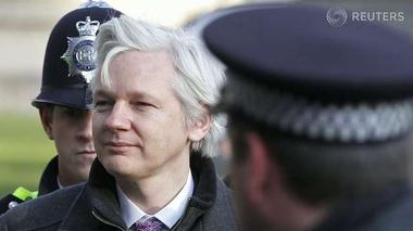 Three ways Julian Assange can escape England - Decoder