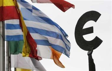 Greek debt adviser on austerity and the future of the euro - Fast Forward