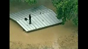 Heavy rains trigger flooding in San Antonio