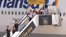 German football team arrives to a hero's welcome in Berlin