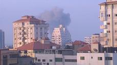 Explosions rock Gaza, no end seen to Israel-Gaza militant conflict