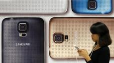 Undercut, outsold; Samsung smartphone profits shrivel