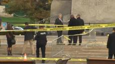 Harper lays wreath at scene of soldier's shooting in Ottawa