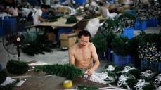 Not all merry and bright in China's manufacturing sector