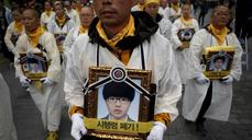 Pain and sorrow a year on from Sewol sinking