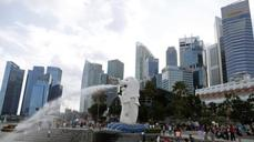 Singapore holds monetary policy steady