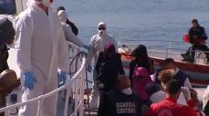More migrants arrive on Italian shores