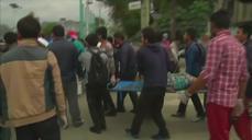 Devastating Nepal earthquake kills hundreds