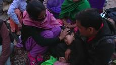 Aftershocks keep survivors on edge in Nepal