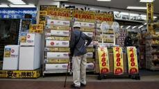 Japan's consumers lose confidence
