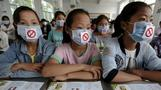 China's capital stubs out public smoking