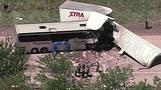 At least 2 dead in U.S. bus crash carrying tourists from Italy