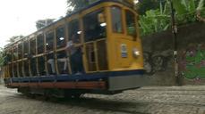 Rio de Janeiro tram system reopens