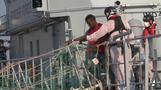 Migrants reach Sicilian shore after days at sea