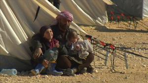 30,000 Syrians send plea to Turkey: open your border