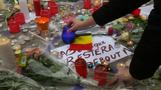 Tears, cheers, free hugs at tribute to Brussels victims