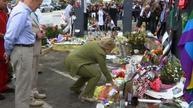 Clinton lays flowers at Pulse Orlando