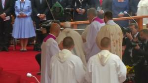 Pope suffers slight fall during Poland visit
