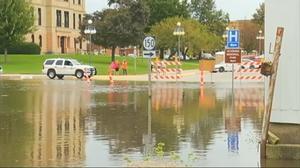 Iowa braces for historic flooding