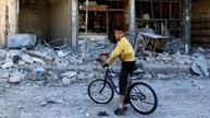 Hundreds reported dead in Aleppo offensive