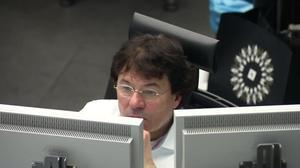 Markets shrug off Renzi defeat