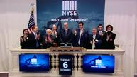 Banks, telecoms lead Wall St up; another Dow record