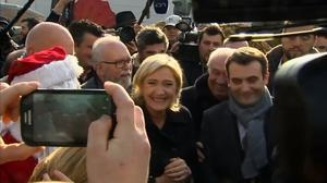 Christmas comes early for France's Le Pen