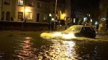 ドイツ北部沿岸で洪水、ミュンヘンでは大雪(5日)