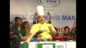 Indian chef cooks for 53 hours to set world record