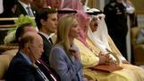 ロス米商務長官が居眠りか、サウジで大統領の演説中(22日)