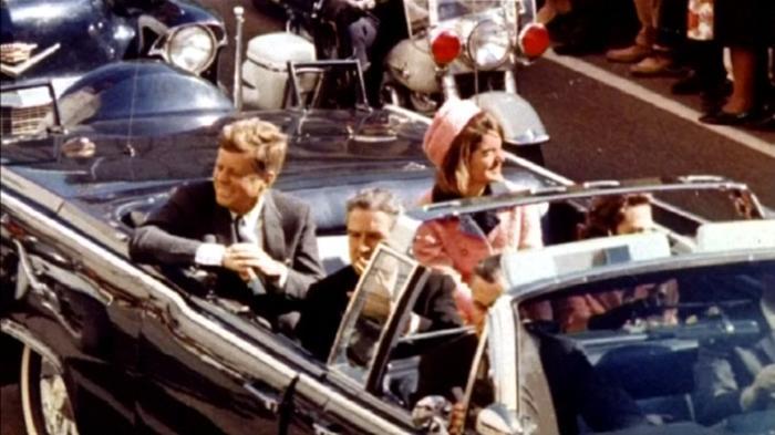ケネディ暗殺文書2800件を公開、CIAの反対で一部先送り(字幕・26日)