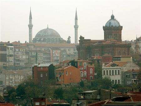 The Fener Greek highschool with the Mosque of Yavuz Selim in the background overlooks in Istanbul, November 21, 2006. A lavishly illustrated ''Atlas of Creation'' is mysteriously turning up at schools and libraries in Turkey, proclaiming that Charles Darwin's theory of evolution is the real root of terrorism. REUTERS/Fatih Saribas (TURKEY)