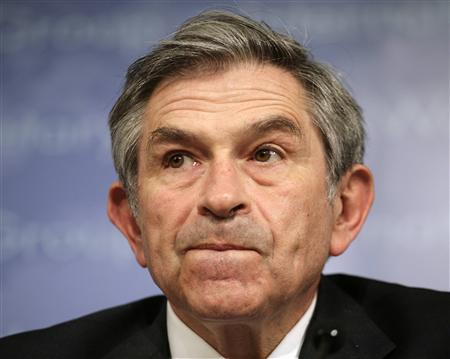 World Bank President Paul Wolfowitz reacts during a closing news conference at the final day of the International Monetary Fund and World Bank spring meeting in Washington, April 15, 2007. REUTERS/Yuri Gripas