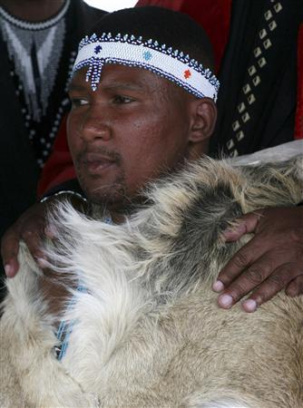 Mandla Mandela, grandson of Nelson Mandela, attends a ceremony where he was installed as chief of the Mvezo Traditional Council in Mvezo, eastern Cape 1100 km (684 miles) south of Johannesburg, April 16, 2007. REUTERS/Antony Kaminju