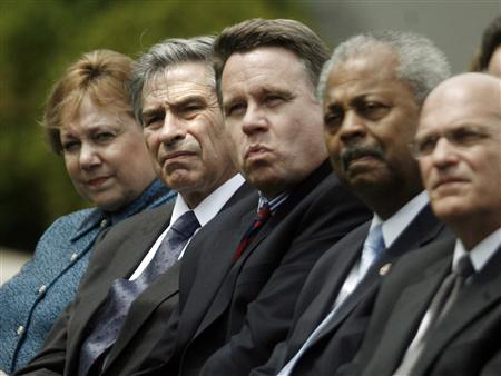 World Bank President Paul Wolfowitz (2nd L) sits in the crowd as U.S. President George W. Bush (not pictured) makes a statement marking Malaria awareness day, in the Rose Garden of the White House in Washington, April 25, 2007. REUTERS/Jason Reed