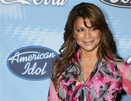 Paula Abdul, one of the judges on the Fox network television reality series ''American Idol,'' in Los Angeles, California, March 8, 2007. Abdul lost her balance while trying to avoid stepping on her pet Chihuahua at home and fell, breaking her nose and toe, her publicist said on Tuesday. REUTERS/Fred Prouser