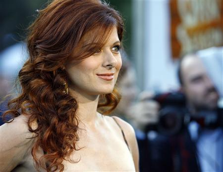 Debra Messing in Los Angeles in a 2006 photo. Messing reportedly was determined to exorcise any trace of her ''Will & Grace'' character Grace Adler from her persona while shooting her new six-hour USA Network miniseries ''The Starter Wife,'' and darned if she doesn't pull it off. REUTERS/Mario Anzuoni
