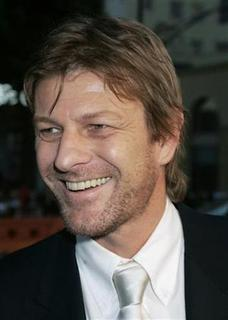 British actor Sean Bean arrives for the premiere of his new film 'North Country' in Hollywood October 10, 2005. Bean, the TV face of fictional Napoleonic soldier Richard Sharpe, will lead a delegation of Sheffield United fans in a Parliamentary protest over the Carlos Tevez affair on Wednesday. REUTERS/Fred Prouser