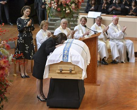 Mourners Pay Tribute To Lady Bird At Texas Funeral Reuters