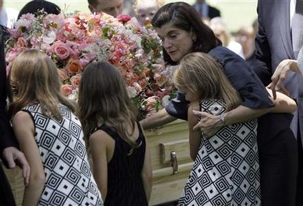 Friends Family Bid Final Goodbye To Lady Bird Johnson Reuters